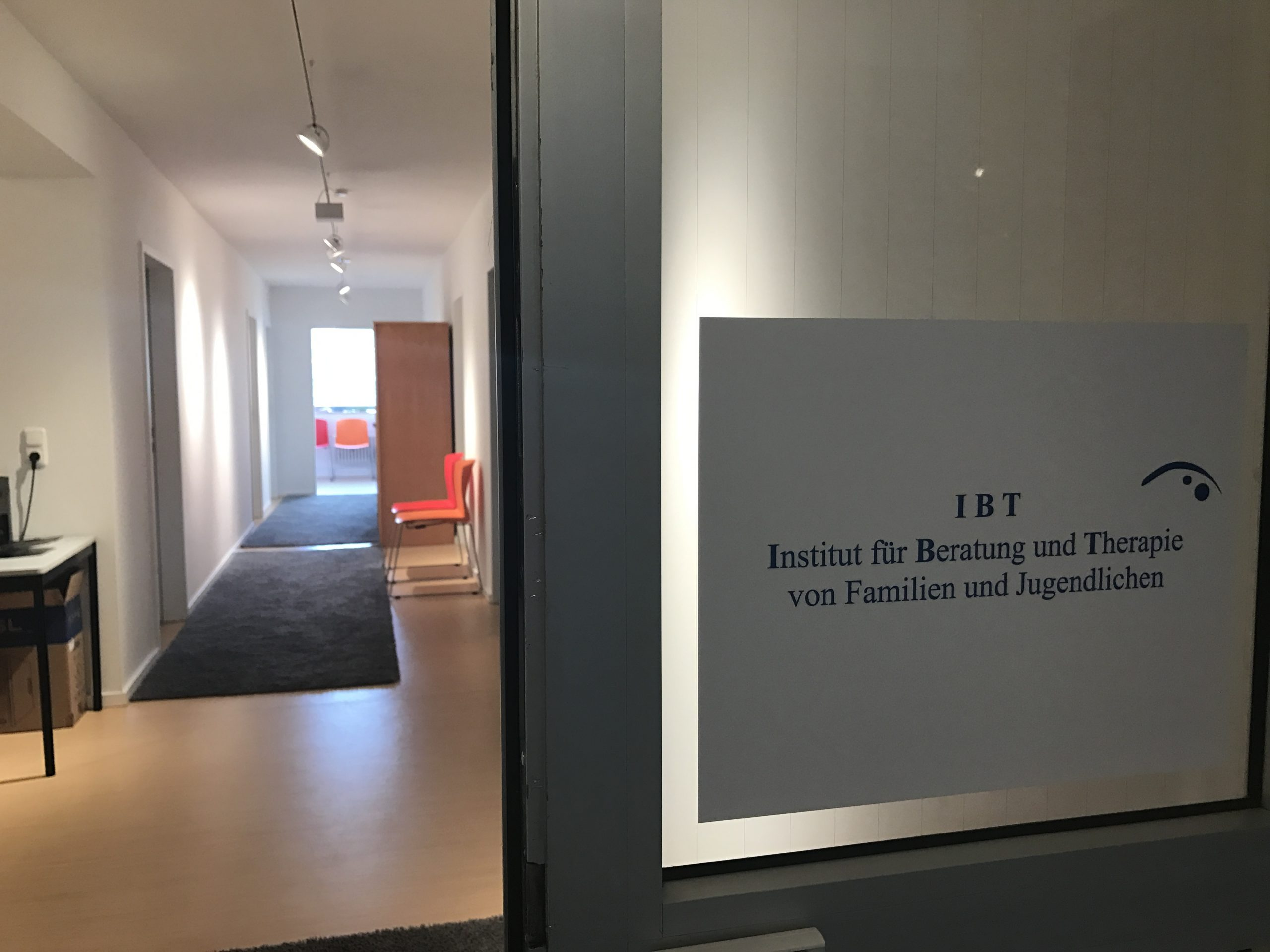 Institut für Beratung und Therapie von Familien und Jugendlichen in Wiesbaden - ITB - Unsere Räume - 6